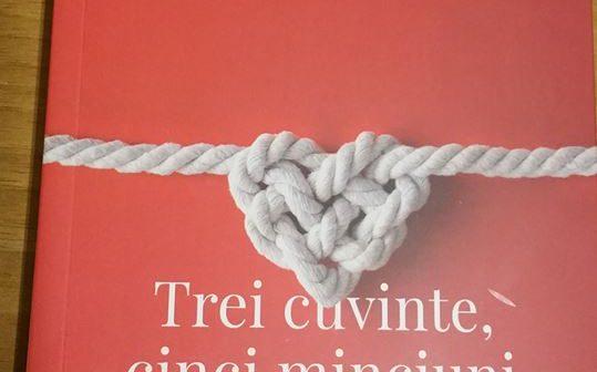 Trei cuvinte, cinci minciuni  de Michel Stanovici, Editura Curtea Veche